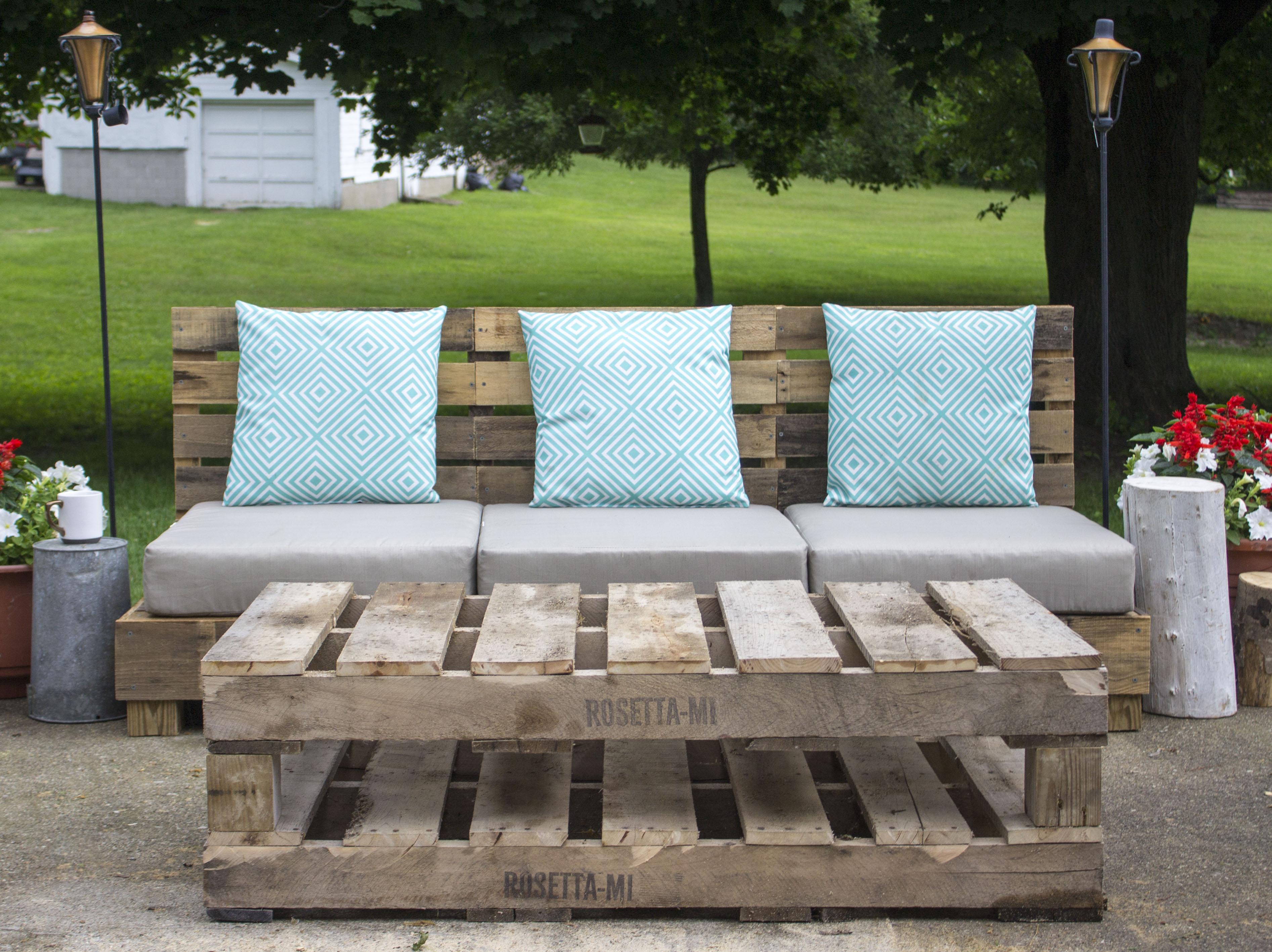 By Design Episode 82 Diy Outdoor Pallet Furniture